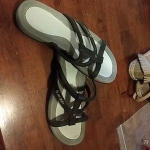 NWOT Hi-Tech sandals